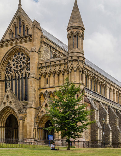 nettoyage-St-Albans-Cathedral-Exterior-from-west-Herfordshire-UK-Diliff